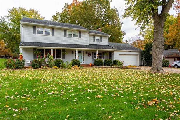 Colonial, Single Family - Seville, OH