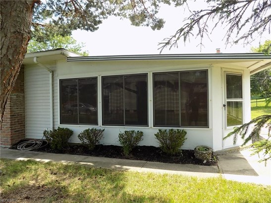 Ranch, Single Family - Broadview Heights, OH (photo 4)