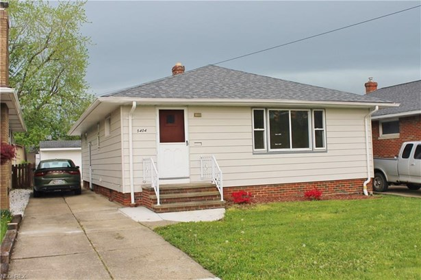 Ranch, Single Family - Garfield Heights, OH (photo 2)