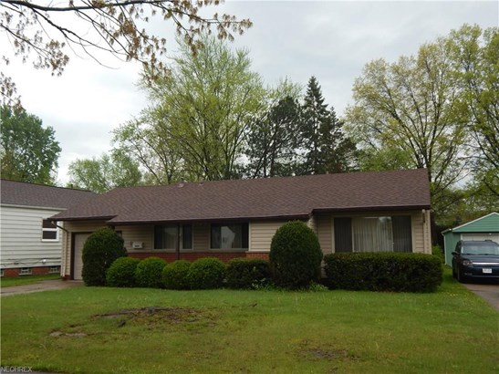 Ranch,Split Level, Single Family - Parma Heights, OH (photo 2)