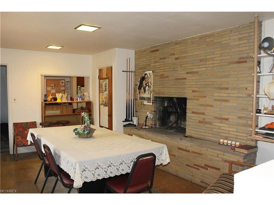 Ranch, Single Family - Walton Hills, OH (photo 3)