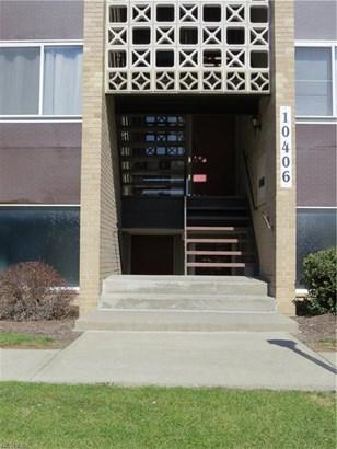 Condominium, Ranch - Parma Heights, OH (photo 1)