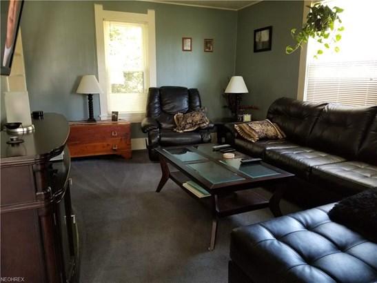 Colonial, Single Family - Creston, OH (photo 3)