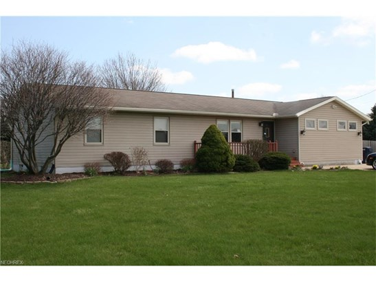 Ranch, Single Family - Huron, OH (photo 1)