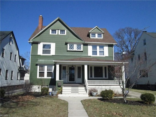 Colonial, Single Family - Lakewood, OH (photo 1)