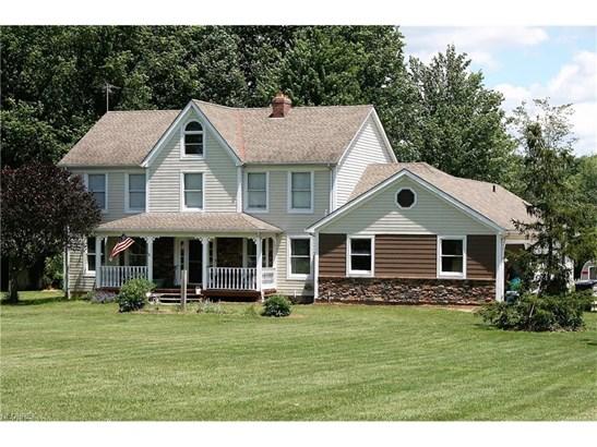 Colonial, Single Family - Grafton, OH (photo 1)