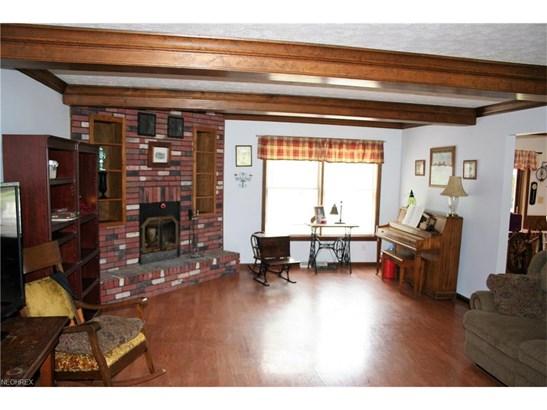 Colonial, Single Family - Grafton, OH (photo 4)