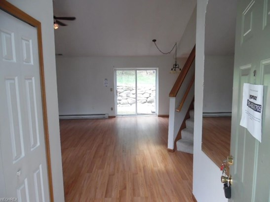 Condominium, Colonial - Tallmadge, OH (photo 3)