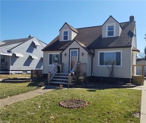 Cape Cod, Single Family - Lorain, OH (photo 2)