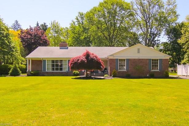 Ranch, Single Family - Elyria, OH (photo 1)