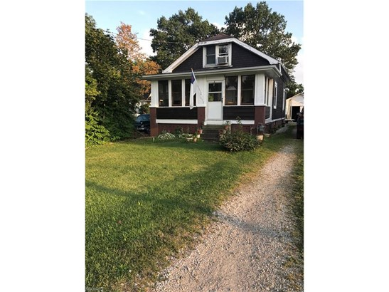 Bungalow, Single Family - Hinckley, OH (photo 1)