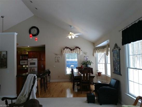Contemporary/Modern,Ranch, Single Family - Mantua, OH (photo 4)