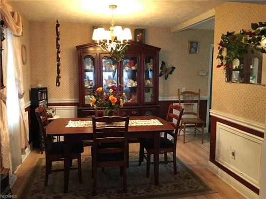 Ranch, Single Family - Lorain, OH (photo 2)