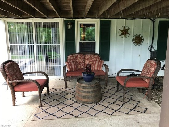 Ranch,Split Level, Single Family - Grafton, OH (photo 2)