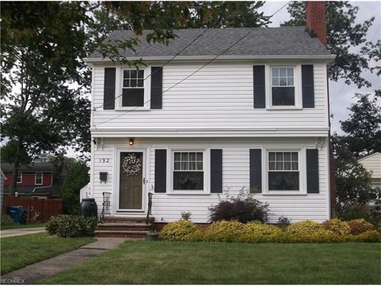 Colonial, Single Family - Berea, OH (photo 2)