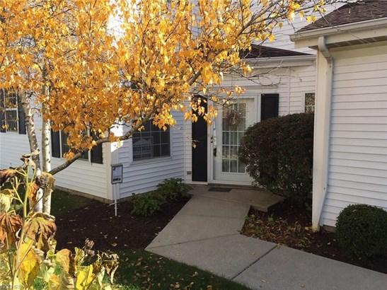 Colonial,Townhouse, Condominium - Brecksville, OH (photo 5)