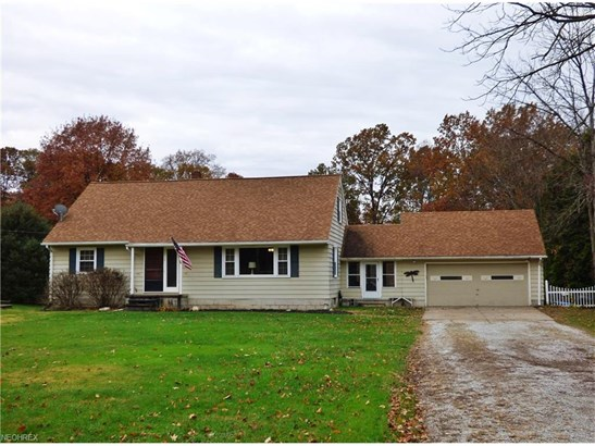 Bungalow,Cape Cod, Single Family - Amherst, OH (photo 1)