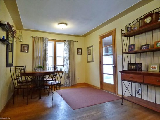 Bungalow,Cape Cod, Single Family - Amherst, OH (photo 4)