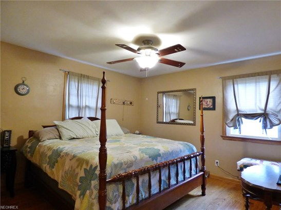 Bungalow,Cape Cod, Single Family - Amherst, OH (photo 5)