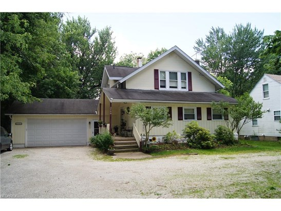 Bungalow,Cape Cod, Single Family - Stow, OH (photo 1)