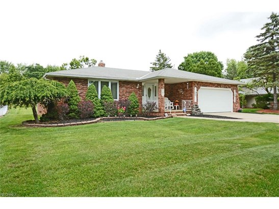 Ranch, Single Family - Middleburg Heights, OH (photo 2)