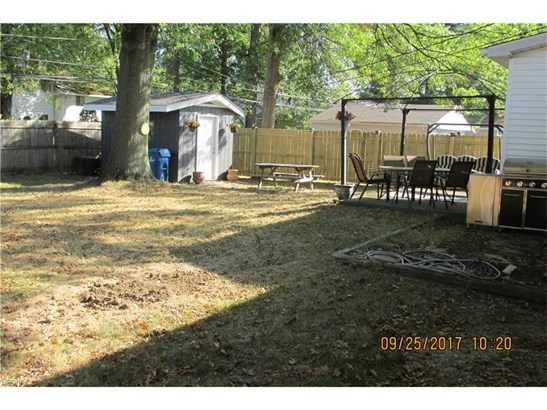 Ranch, Single Family - North Olmsted, OH (photo 4)