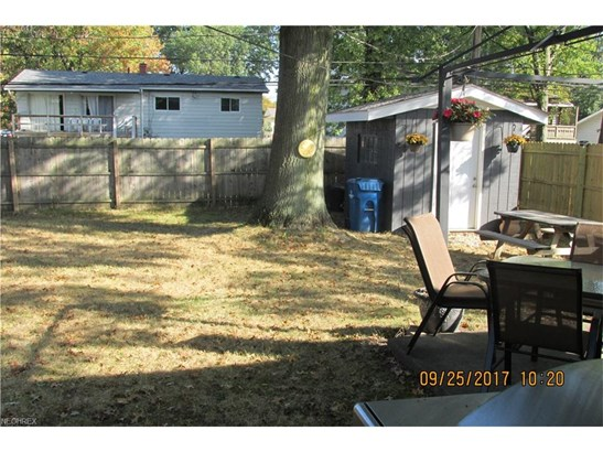 Ranch, Single Family - North Olmsted, OH (photo 5)