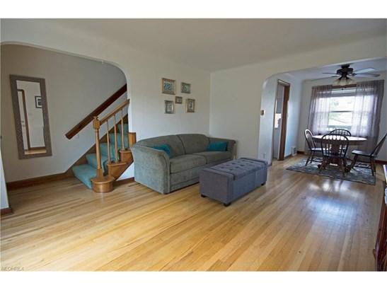Colonial,Half Duplex,Townhouse, Single Family - Brooklyn, OH (photo 3)