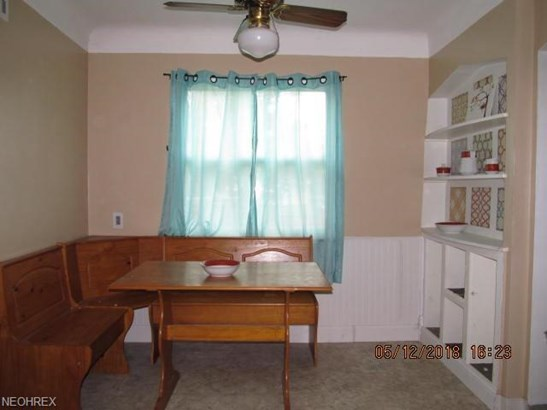 Bungalow,Cape Cod, Single Family - Parma Heights, OH (photo 4)