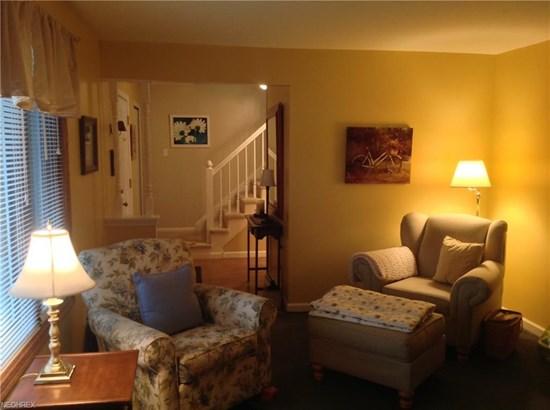 Colonial, Single Family - Brunswick, OH (photo 2)