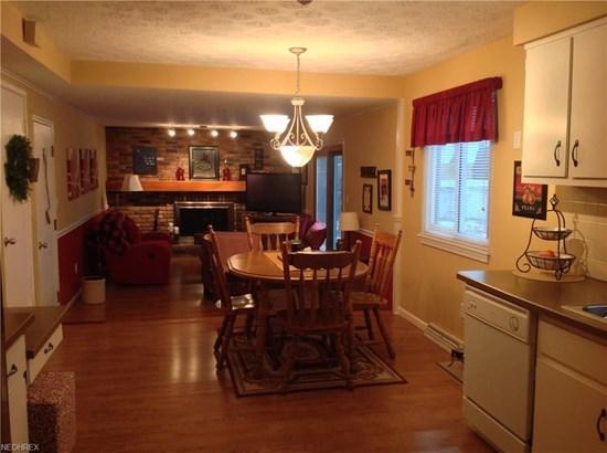 Colonial, Single Family - Brunswick, OH (photo 5)