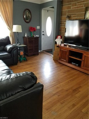 Bungalow,Cape Cod, Single Family - Cleveland, OH (photo 3)