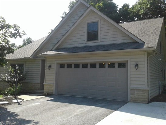 Condominium, Cape Cod,Cluster Home - Wakeman, OH (photo 1)
