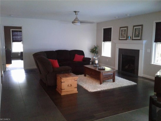 Condominium, Cape Cod,Cluster Home - Wakeman, OH (photo 3)