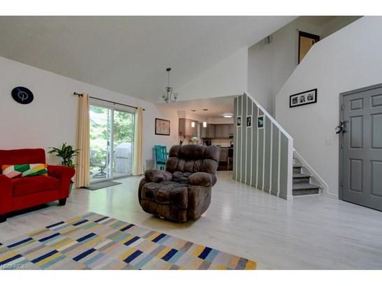Condominium, Contemporary/Modern,Townhouse - Tallmadge, OH (photo 5)