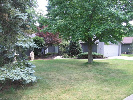 Ranch, Single Family - Strongsville, OH (photo 3)