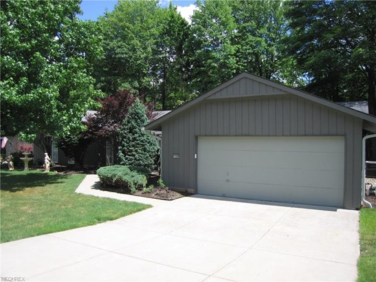 Ranch, Single Family - Strongsville, OH (photo 4)