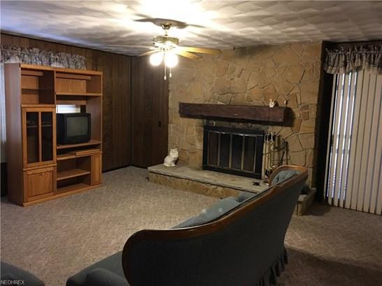 Ranch, Single Family - Northfield, OH (photo 3)