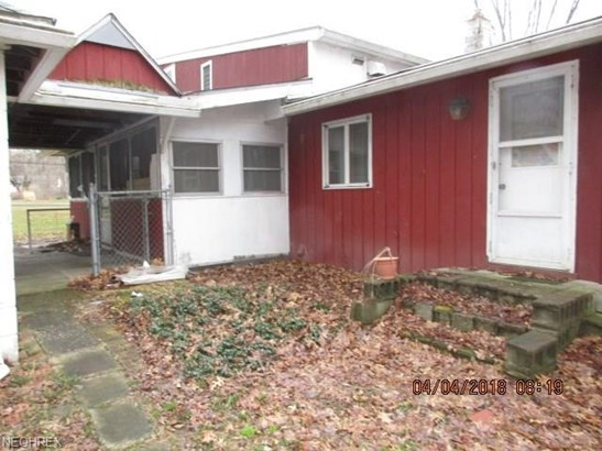 Cape Cod, Single Family - Columbia Station, OH (photo 4)
