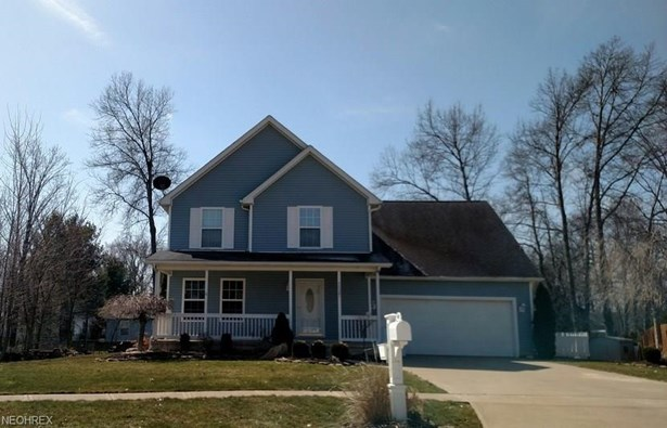 Colonial, Single Family - Elyria, OH (photo 1)