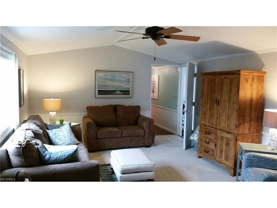 Mobile/Manufactured, Single Family - Lakeside-Marblehead, OH (photo 4)