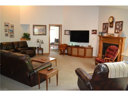 Ranch, Single Family - Brunswick, OH (photo 4)