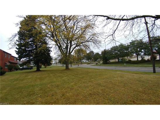 Ranch, Single Family - Bedford Heights, OH (photo 3)