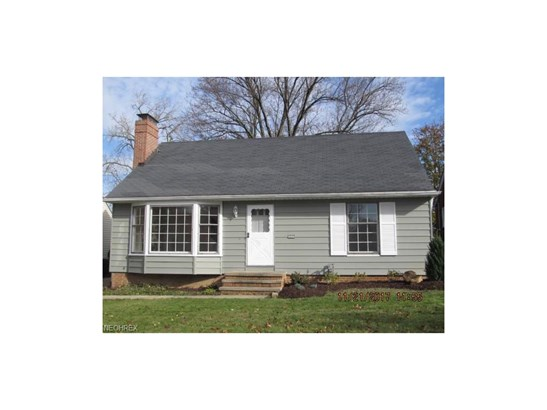 Bungalow,Cape Cod, Single Family - Middleburg Heights, OH (photo 1)