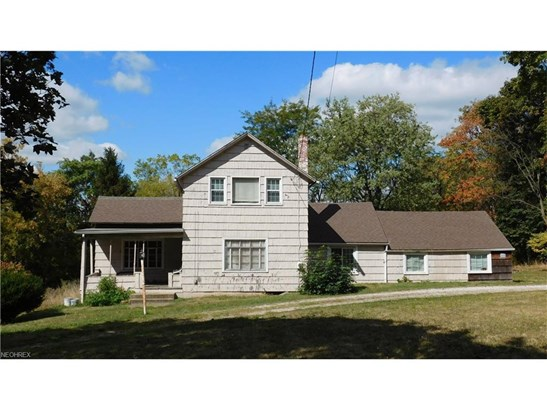Colonial, Single Family - Akron, OH (photo 1)