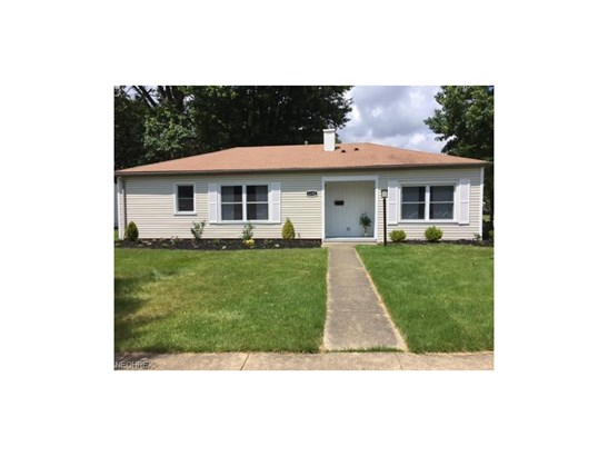 Ranch, Single Family - Parma Heights, OH (photo 1)