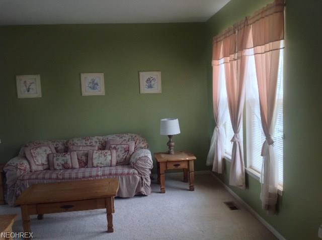 Colonial, Single Family - Brunswick, OH (photo 4)