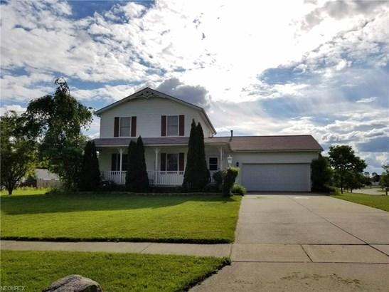 Colonial, Single Family - Ravenna, OH (photo 1)