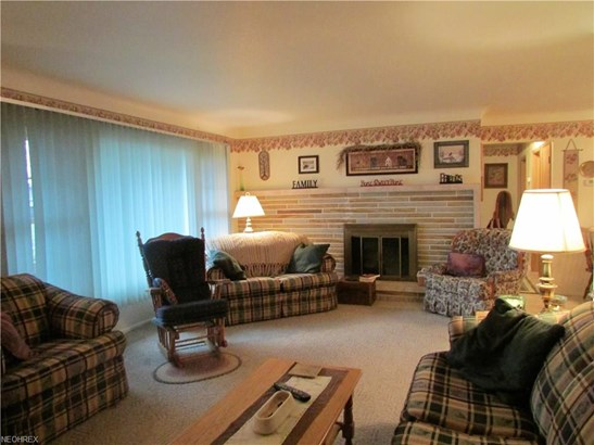 Ranch, Single Family - Seven Hills, OH (photo 2)