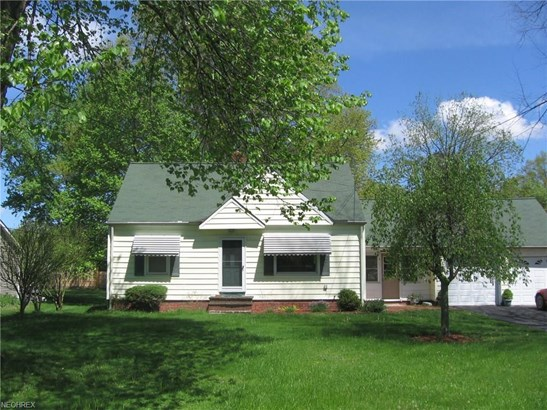 Bungalow, Single Family - Independence, OH (photo 1)